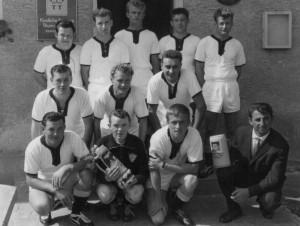 1964_1steHerrenMannschaft_Bild2